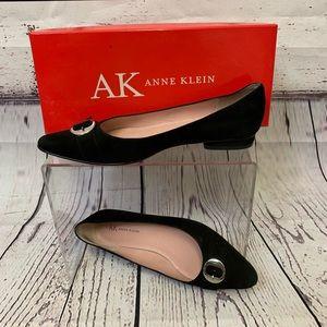 Anne Klein Black Suede Dress Shoes. Size 7.5